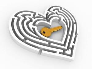 original-distortion-heart-center-love-key